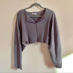 UO Ribbed long sleeve crop top, size small!